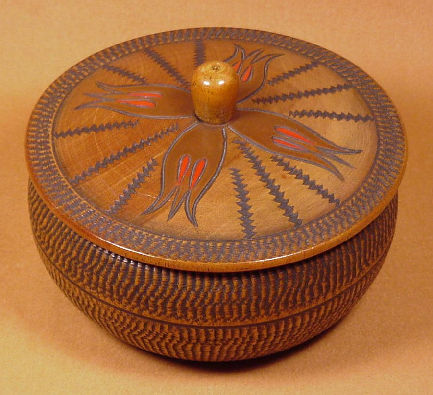 Round wooden boxes common elements for Circular wooden box